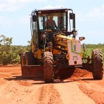 Máquinas do PAC melhora o acesso dos alunos da zona rural até suas escolas.