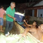 Prefeitura faz entrega de espigas de milho para as famílias do municipio.