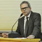 Hermano parabeniza Marcelo Navarro pela indicação ao STJ.