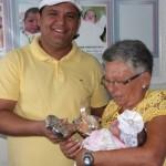 Prefeito de Guamaré em solenidade na III Semana do Bebê entrega a chave da prefeitura a Bebê Prefeita 2015.