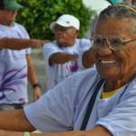 Prefeitura realiza atividades recreativas com idosos no Circuito Funcional.
