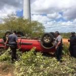 Policia Militar age rápido, prende um bandido e recupera veículo tomado de assalto do empresário Alderi.