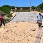 Prefeitura de Guamaré realiza obras de pavimentação nas comunidades rurais.