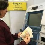 Guamaré: Aquecendo a economia, prefeito Hélio paga servidores público do município.