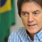 Ministro do STJ rejeita pedido de afastamento do governador Robinson Faria